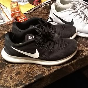 Bundle of Nike Free Runs